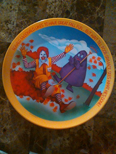 Ronald McDonald Likes to Have Great Fall Fun McDonald's 1977 Collector Plate