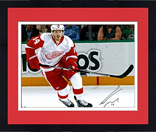 "Framed Gustav Nyquist Detroit Red Wings Autographed 16"" x 20"" White Jersey Skating Photograph - Fanatics Authentic Certified"