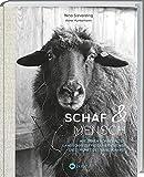 Schaf und Mensch von Nina Sieverding