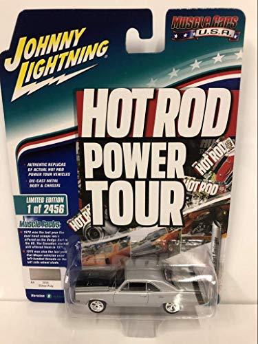 Johnny Lightning - 1970 Dodge Dart Swinger - Silver Poly Muscle 1:64