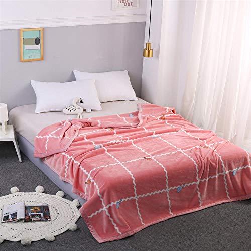 Pluizige knuffeldeken dik warm coral fleece quilt pink plaid zacht en warm woondeken in de woonkamer
