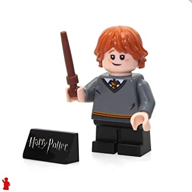 LEGO 2018 Harry Potter Minifigure - Ron Weasley (with Wand and Side Display) 75954