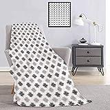 Manta de camping resistente o duradera con motivos geométricos intrincados y nudos en escala de grises, diseño esotérico de zen, cálido y lavable, color gris y blanco