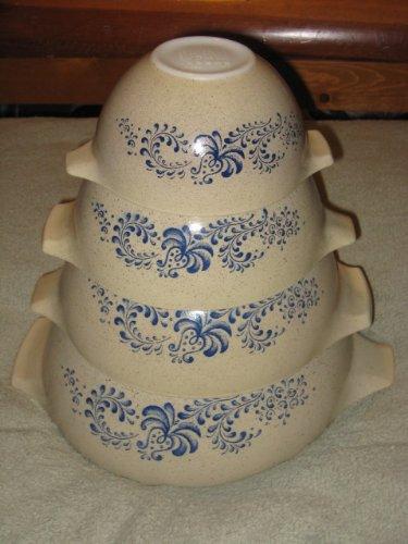 SET OF 4 - Vintage 1970's Pyrex HOMESTEAD Beige & Blue Cinderella Mixing Batter Nesting Bowl - 1 1/2 Pint, 1 1/2 Quart, 2 1/2 Quart & 4 Quart