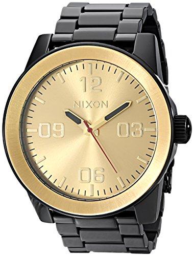Nixon Corporal SS A346. 100 m Resistente al Agua XL Reloj para Hombre (48 mm Esfera del Reloj, Correa de Acero Inoxidable de 24 mm), Color Negro y Dorado, Talla única, Corporal SS