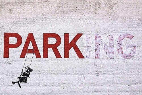 Meisje Swinging on No Parking Sign Banksy Posters Muurkunst Prints Glanzend Papier Decoratie Glans Poster Print Muurdecoratie Foto's 04- A0 = 84.1cm x 118.9cm