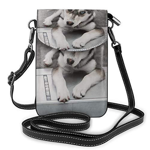 De Husky hond leggen op het tapijt in de buurt van de trappen kleine Crossbody zakken Crossbody mobiele telefoon portemonnee - Vrouwen PU lederen handtas met verstelbare riem voor dagelijks leven