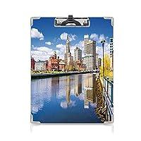 印刷者 クリップボード 用箋挟 クロス貼 A4 短辺とじ アメリカ合衆国 ファイルボード (2個)ロードアイランドリバーフロントの春の季節の水の反射の建物装飾多色