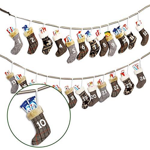 WOMA DIY Adventskalender zum Befüllen - 7 Ausführungen - Weihnachtskalender selberfüllen & aufhängen mit Söckchen - Ausgefallenes Geschenk für Damen, Herren & Kinder - Braun, Grau, Weiß
