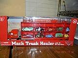 Disney World of CARS Mack Truck Hauler con 15 coches Mater Mcqueen Chick Hicks Woody Hudson Hornet Ramone Luigi el rey Buzz Guido Dinoco con capacidad para 30 coches