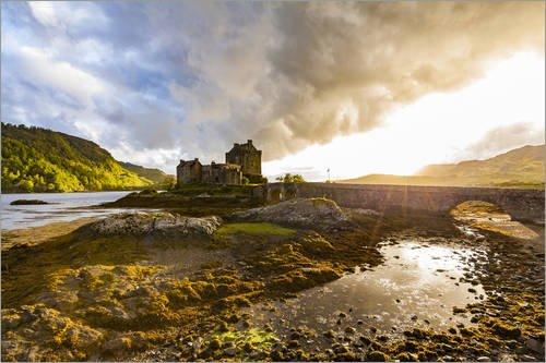 Leinwandbild 100 x 70 cm: Eilean Donan Castle in den Highlands, Schottland von Dieterich Fotografie - fertiges Wandbild, Bild auf Keilrahmen, Fertigbild auf echter Leinwand, Leinwanddruck
