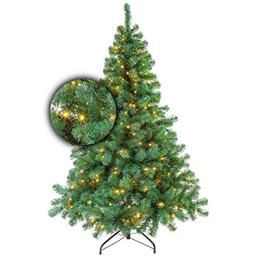 Weihnachtsbaum Stravanger mit Beleuchtung