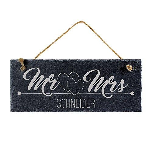 Casa Vivente Schiefertafel mit Gravur für Ehepaare, Mr und Mrs, Motiv Herzen, Personalisiert mit Wunschnamen, Türschild zum Aufhängen