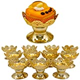 Cupcake and Dessert Stand Cups, Gold, Standard Size Cups, 12 Pieces