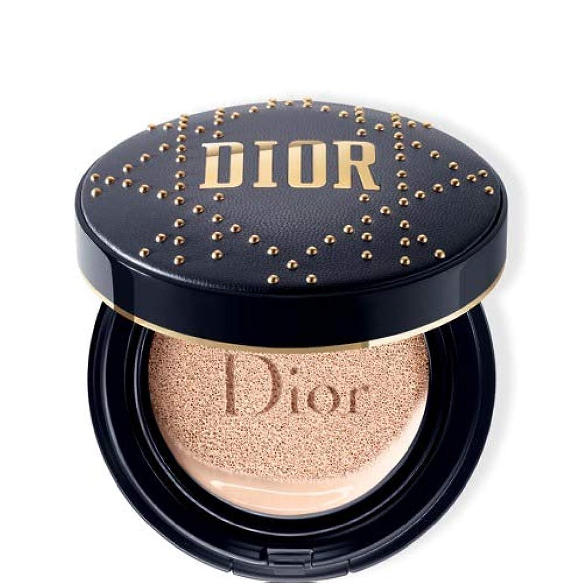傀儡気怠い違法Dior ディオールスキン フォーエヴァー クッション - 限定スタッズ カナージュ ケース #030