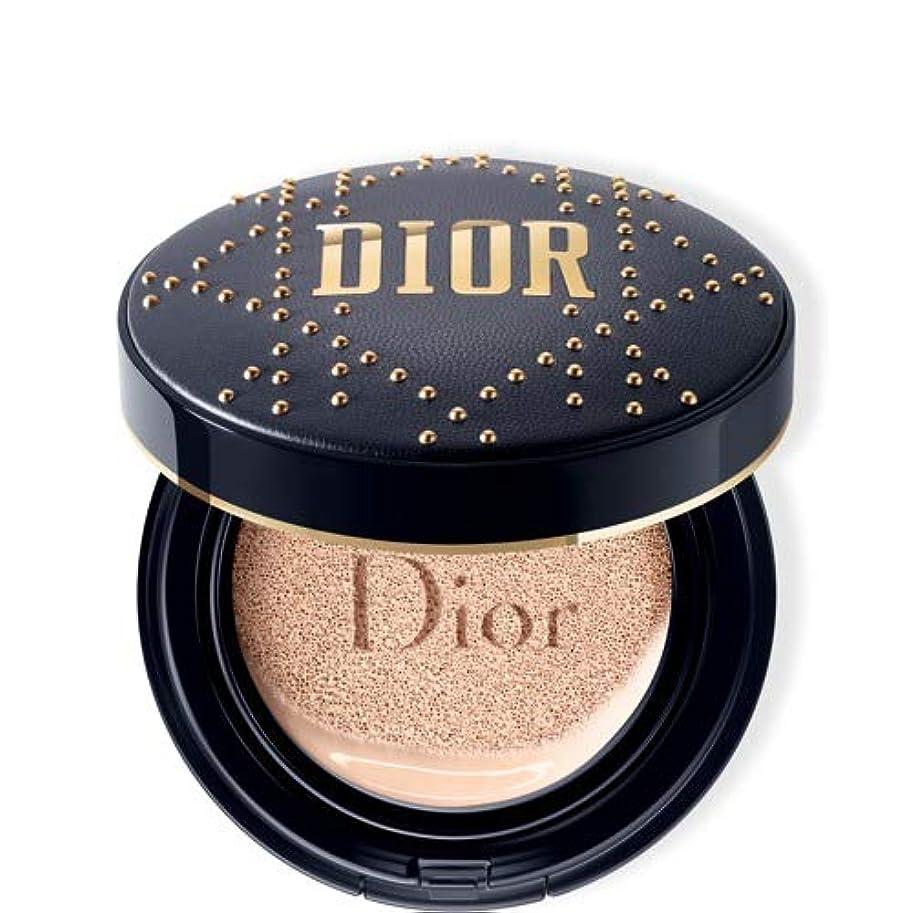 わざわざ散髪王位Dior(ディオール)スキン フォーエヴァー クッション - 限定スタッズ カナージュ ケース #020