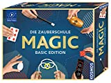 KOSMOS Die Zauberschule MAGIC Basic Edition, schnell Zaubern lernen, 50 Zauber-Tricks, viele Zauber-Utensilien, Zauberkasten für Kinder ab 8 Jahre Einsteiger, bebilderte Anleitung Online-Erklär-Videos