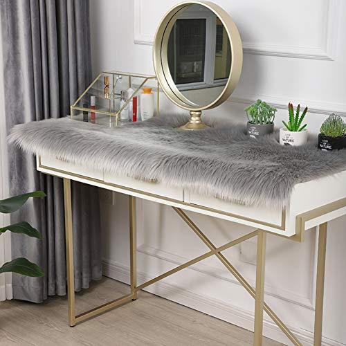 QTQHOME Solid Color Plush Table Runner,Faux Sheepskin Decorative Shaggy Dresser Scarf,Not-Slip Desk Pad Food for Christmas Weddin,Luxury False Fur Dresser Tablecloth-Gray 45x80cm(18x31inch)