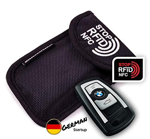 MakakaOnTheRun Keyless Go Schutz Autoschlüssel: RFID Blocker Autoschlüssel Hülle mit 2 RFID NFC Schutz Fächern. Funkschlüssel Abschirmung Schutz für alle Keyless-Go Autos aus Europa, Asien & Amerika