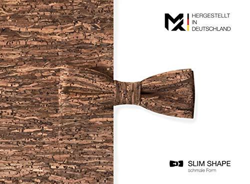 Hergestellt in Deutschland | MAY-TIE Herren Fliege | 100% Kork | Slim Shape | Style: Holz Braun | Korkfliege gebunden und stufenlos verstellbar mit Hakenverschluss