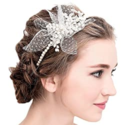 Romantischer Locken Look Die Schonsten Blumenkranze Und Haarbander