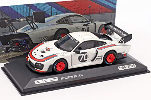 Minichamps Porsche 935 #70 Spectrum Edition (auf Basis 911 (991.2) GT2 RS) 1:43