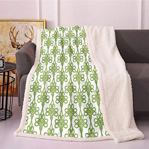 SeptSonne Irish Fleece Throw Blanket 50'X60',Entangled Clover Leaves Twigs Celtic Pattern Botanical Filigree Inspired Retro Tile Blanket Small Quilt,Fuzzy Throw Blanket(Green Cream)