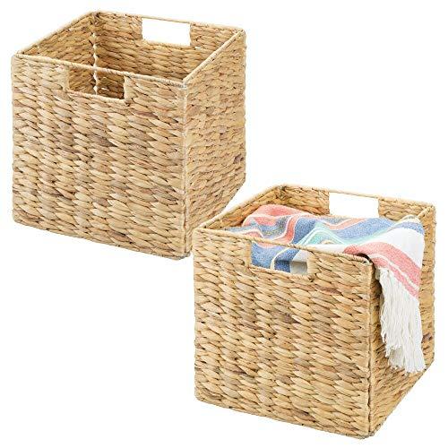 mDesign 2er-Set Aufbewahrungskorb – faltbare Aufbewahrungsbox aus Wasserhyazinthe – Regalkorb zur idealen Aufbewahrung von Kleidung, Spielzeug oder Zeitschriften – mit Flechtmuster – naturfarben