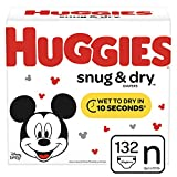 Huggies Snug & Dry Diapers, Size Newborn (up to 10 lb.), 132 Ct, Giga Jr Pack (Packaging May Vary)