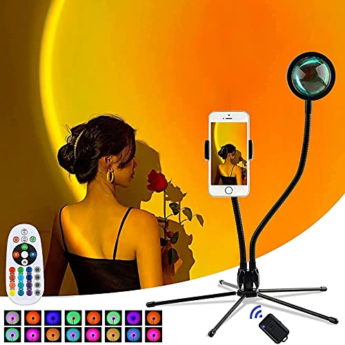 サンセットライト 日没ライト レインボー 夕日ライト 16色 10段階調光 自撮り スマホスタンド 360度回転 USB給電 リモコン付き 間接照明 夕焼けライト雰囲気作りランプ 投影 虹 撮影 生放送 インテリア パーテイー 寝室 部屋飾り LED アート感 プレゼント Bluetoothリモコン付き