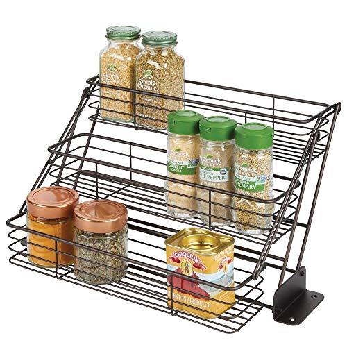 mDesign Organizador de especias para cocina con 3 niveles – Mueble especiero de metal que se abre hacia abajo – Organizador de armarios de cocina compacto para condimentos – color bronce