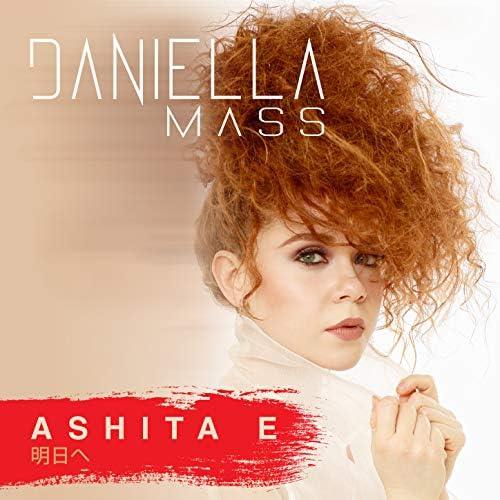 Daniella Mass feat. Milton Salcedo