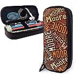 Moore - American Nachname Große Kapazität Leder Federmäppchen Bleistift Stift Schreibwaren Halter Box Organizer Schule Filzstift Tragbare Kosmetiktasche