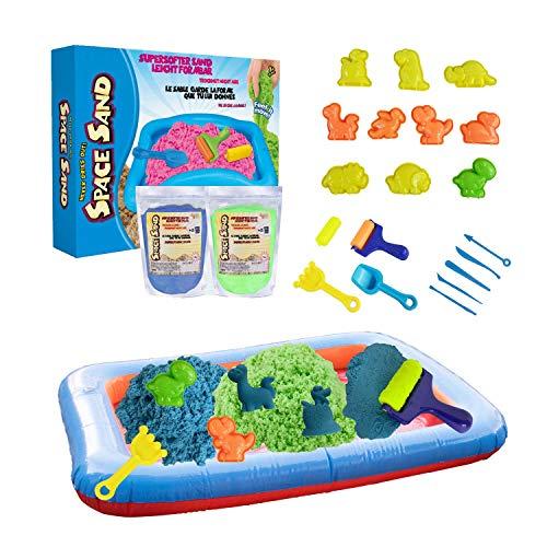 Leo & Emma Space Sand 1.8kg Dinosaurier Set 20tlg. 8 Förmchen mit Tieren, Schaufel, Modellierwerkzeug, Mini-Sandkasten Therapiesand - Neues Modell TÜV Rheinland getestet (0.9kg blau und 0.9kg grün)