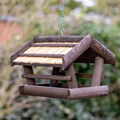 """VOSS.garden Vogelfutterstation """"Elga"""" aus Holz Schwarz-Gebeizt zum Aufhängen mit Reetdach, Vogelhaus Vogelfutterhaus Futterhaus für Vogelfutter, Vogelstation, Futterhäuschen"""