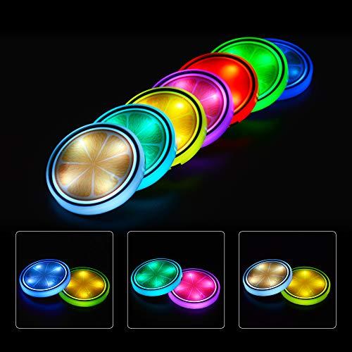 JoaSinc Posavasos LED Coche, Luces LED para Portavasos Almohadilla de Tazo de 7 Colores Luminiscentes Alfombrilla de Vaso de Carga USB para Accesorios de Posavasos Decoración Interior Luz de Atmósfera