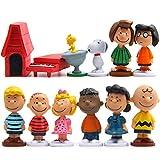 Snoopy Cake Topper Pastel Decoración Suministros 12pcs Peanut Comics Snoopy Figures Toy Juguetes Muñeca Hecha a Mano Muñeca Decoración para niños Animales Juguetes Set