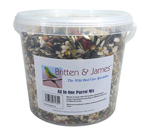 Britten & James Best all in One Parrot Mix da 5 Litri Rimane Fresco Vasca. Questo superbo Mix è Stato Creato per Essere Il miglior bilanciato in Un Unico alimento per Il Tuo Pappagallo.
