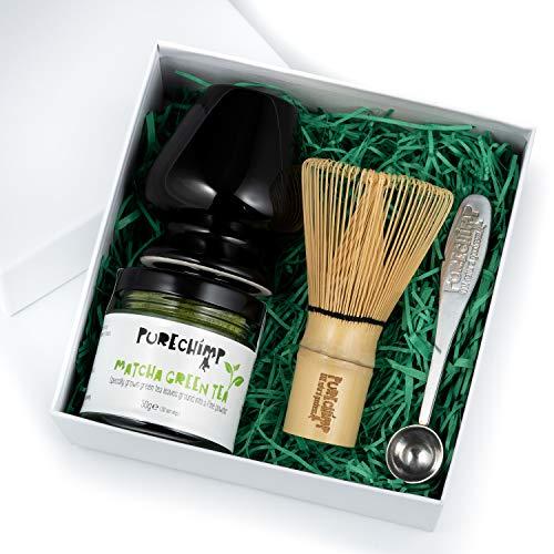 Matcha Set/Caja de Regalo De PureChimp – Regalo Té Verde - 1 x 50g Matcha, 1 x Batidor de Bambú Japonés Tradicional, 1 x Batidor de pie, 1 x Cuchara medidora