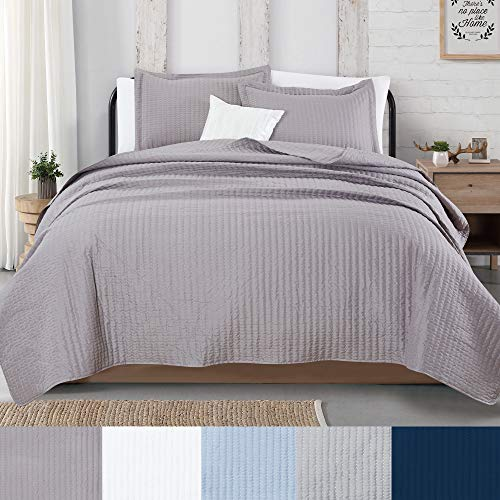 Great Bay Home 3-Piece Detailed Channel Stitch Quilt Set with Shams. Ash Gray King Quilt Set, All Season Bedspread Quilt Set, Alicia Collection (King, Ash Gray)