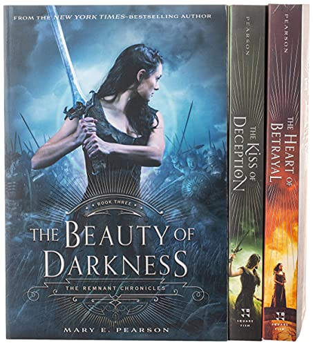 REMNANT CHRON BOXED SET (The Remnant Chronicles)