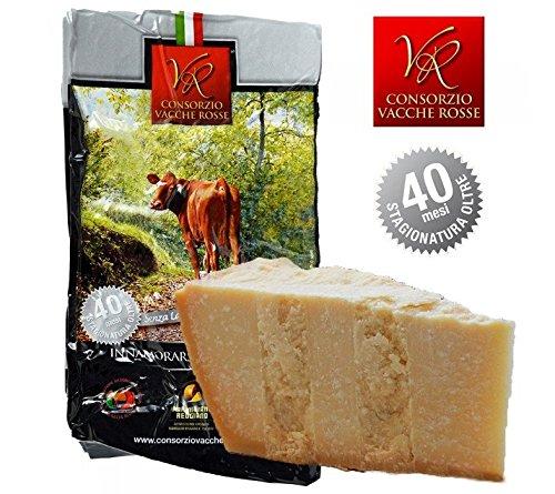 Parmigiano Reggiano Dop, prodotto direttamente dal caseificio del Consorzio Vacche Rosse (Etichetta Rossa) La Reggiana è una bovina autoctona dell'Italia settentrionale per la produzione di latte destinato alla trasformazione in Parmigiano Reggiano V...