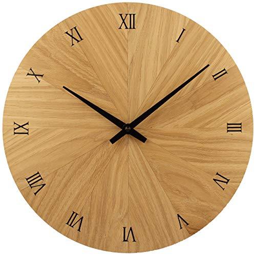 Wanduhr Holz, Eiche Natur Massivholz, Holzuhr Wand, besteht aus 12 Dreiecken - Design, sehr leises Junghans Quarz Uhrwerk, 30 cm rund modern, Qualitätsprodukt, handgemacht in Österreich, exklusiv