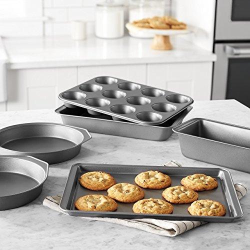 Amazon Basics 6-Piece Nonstick Oven Bakeware Baking Set Minnesota