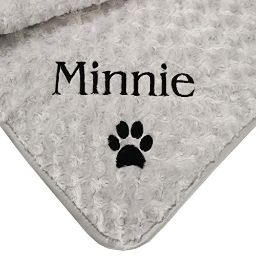The Knit Wit - Twtsie Collection - Personalised Supersoft Rosebud Fleece Blanket with Fleece Backing and Satin Trim - Double Layer - Embroidered in your colour choice (Grey, Medium)