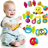 Questo bellissimo set di giochi per la prima infanzia aiuterà il tuo bambino a sviluppare le sue capacità cognitive, sensoriali, uditive e motorie. Il set è composto da ben 10 giocattoli per la prima infanzia diversi tra di loro come: sonagli, giocat...