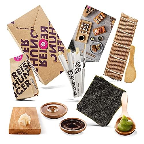 Reishunger Sushi Kit Completo (4 Personas) incl. Recetas - Caja con ingredientes de primera calidad - Arroz Sushi, Algas Nori, Esterilla de Bambú, Salsa de Soja, Wasabi, Jengibre y más - Bonito regalo