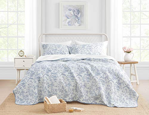 Laura Ashley Home Amberley Chic Luxury Premium Ultra Soft Quilt Coverlet, Comfortable 3 Piece Bedding Set, All Season Stylish Bedspread, Full/Queen, Spa Blue