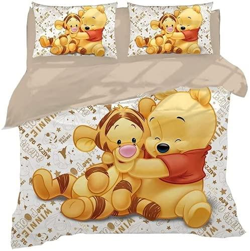 QWAS Winnie The Pooh Set di biancheria da letto Winnie the Pooh, 100% microfibra, delicata sulla pelle e non irritante, idea regalo per bambini (A02,135 x 200 cm + 50 x 75 cm x 2)