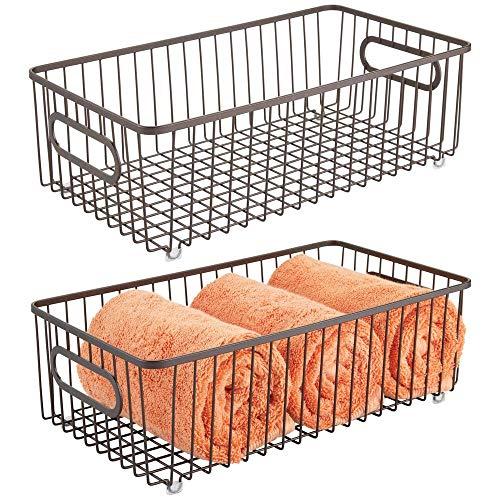mDesign Juego de 2 cestas de almacenaje en metal con asas integradas – Gran caja organizadora con atractivo diseño en malla de alambre – Ideal como organizador de baño para cosméticos – color bronce